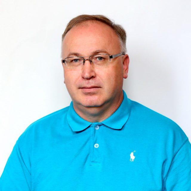 Богдан Остапович Дзіняк